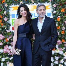 Amal Clooney u \'lažnoj\' haljini na dobrotvornom događanju u Edinburghu - 7