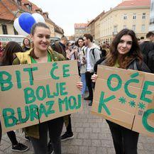 Učenici su zabrinuti za budućnost Zemlje (Foto: Marko Lukunić/Pixsell)