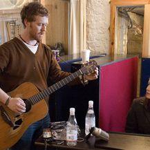 Glen i Marketa u sceni iz filma
