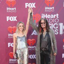 Steven Tyler i Aimee Preston (Foto: AFP)