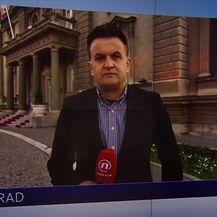 Andrija Jarak prati prosvjed u beogradu (Video: Vijesti u 17h)