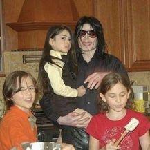 Michael Jackson i djeca (Foto: Profimedia)