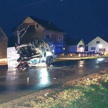 Teška prometna nesreća kod Nove Gradiške (Foto: Radiong.hr) - 2