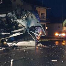 Teška prometna nesreća kod Nove Gradiške (Foto: Radiong.hr) - 3