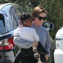 Charlize s kćerkicom August