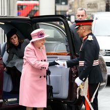 Kraljica Elizabeta i vojvotkinja Catherine Middleton posjetile su King\'s College u Londonu - 3