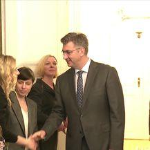 Premijer Andrej Plenković i predsjednica Kolinda Grabar-Kitarović o prosvjedu Jelene Veljače (Video: Dnevnik Nove TV)