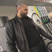 Punjenje automobila na benzinskoj postaji/Ilustracija (Foto: Dnevnik.hr)