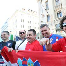 Hrvatski navijači u Budimpešti (Foto: Sanjin Strukić/PIXSELL)