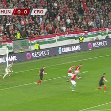 Ante Rebić zabija za 1:0 protiv Mađarske