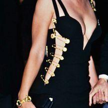 Versace mala crna haljina - 2