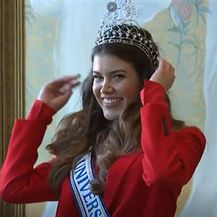 Mirna Naiia Marić, Miss Universe Hrvatske - 1