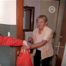 Hrvatski Crveni križ pomaže starijima - 1