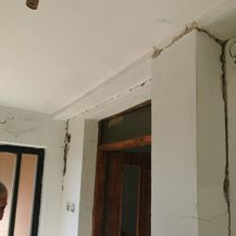 Kuća nakon potresa - 7