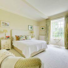 Ideje za uređenje spavaće sobe u žutoj i zelenoj boji - 3