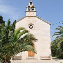 Crkva iz 1856. u Vrniku