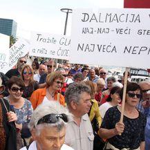 Prosvjed radnika Dalmacijavina u Splitu (Foto: Miranda Cikotic/PIXSELL)