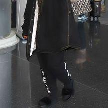 Rihanna u \'nespojivoj\' modnoj kombinaciji - 2