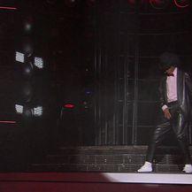 Maja Bajamić kao Michael Jackson - Billie Jean (Video: TLZP)