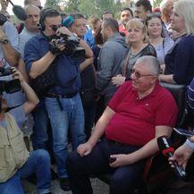 Vojislav šešelj u Jarku nadomak Hrtkovaca (Foto: Anita Martinović)