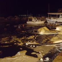 Požar na brodicama u Sv. Filipu i Jakovu (Foto: MPPI)