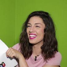 Maja Bajamić pogađa pjesme (VIDEO: Anamarija Batur)