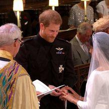 Razmjena zavjeta princa Harryja i Meghan Markle (Foto: Dnevnik.hr) - 5