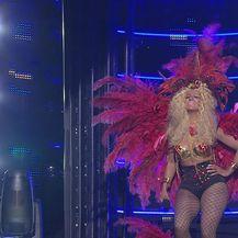 Paola Valić Bekić kao Nicki Minaj – Pound the Alarm (Video: TLZP)