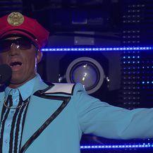 Matko Knešaurek kao Captain Jack - Iko Iko (Video: TLZP)
