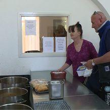 Umjesto na posao, pred pučku kuhinju (Foto: Dnevnik.hr) - 3