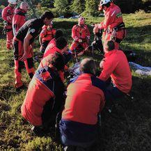 Akcija spašavanja planinarke na Velebitu (Foto: GSS) - 3
