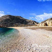 Plaža Oprna, Stara Baška (Foto: Beachrex/Gregor Balažić)
