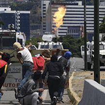 Neredi u Venezuelei (Foto: AFP)