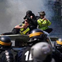 Prosvjed žutih prsluka u Parizu (Foto: AFP) - 3