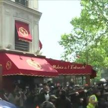 Prosvjedi izmakli kontorli (VIDEO: AP)