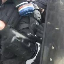 Prosvjedi Parizu (VIDEO: AP)