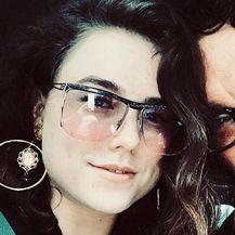 Johnny Galecki i Alaina Meyer (Foto: Instagram)