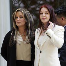Priscilla i Lisa Marie Presley (Foto: AFP)