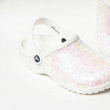 Bijele kroksice ukrašene svjetlucavim perlicama - 3