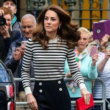 Catherine Middleton u kultnoj majici - 2