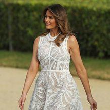 Melania Trump u \'goloj\' haljini modne kuće Elie Saab - 1