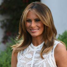 Melania Trump u \'goloj\' haljini modne kuće Elie Saab - 2