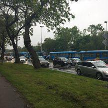 Zastoj tramvaja na Držićevoj (Foto: Dnevnik.hr)