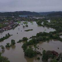 Ekskluzivne snimke poplavljenih područja iz zraka (Screenshot: Dnevnik.hr)