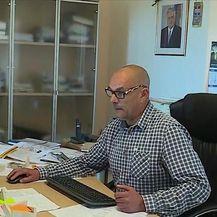 Načelnik iznajmljivao POS-ov stan (Video: Dnevnik Nove TV)