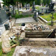 U grobu pronađena velika količina oružja (Foto: PU vukovarsko-srijemska) - 3