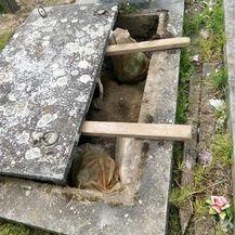 U grobu pronađena velika količina oružja (Foto: PU vukovarsko-srijemska) - 4
