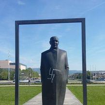 Išaran spomenik Većeslava Holjevca (Foto: Antifašistički vjesnik) - 1