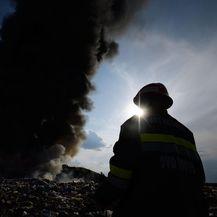 Veliki požar na deponija smeća u Totovcu (Fhoto: Vjeran Zganec Rogulja/PIXSELL) - 3
