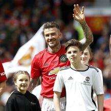 Harper Seven i Cruz s tatom Davidom Beckhamom na humanitarnoj utakmici - 5
